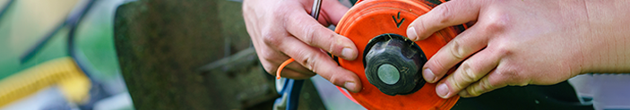 Lâminas e Carretel de nylon para roçadeira: conheça as diferenças e utilidades